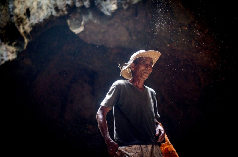 Lombok Cave Guide